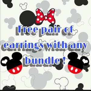 SALE 5/$15 Free Earrings with every bundle!!